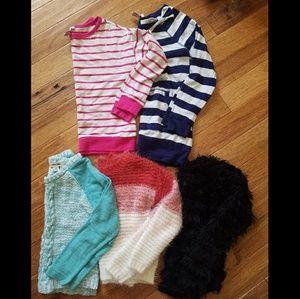 Bundle girls sweaters size 6 / S